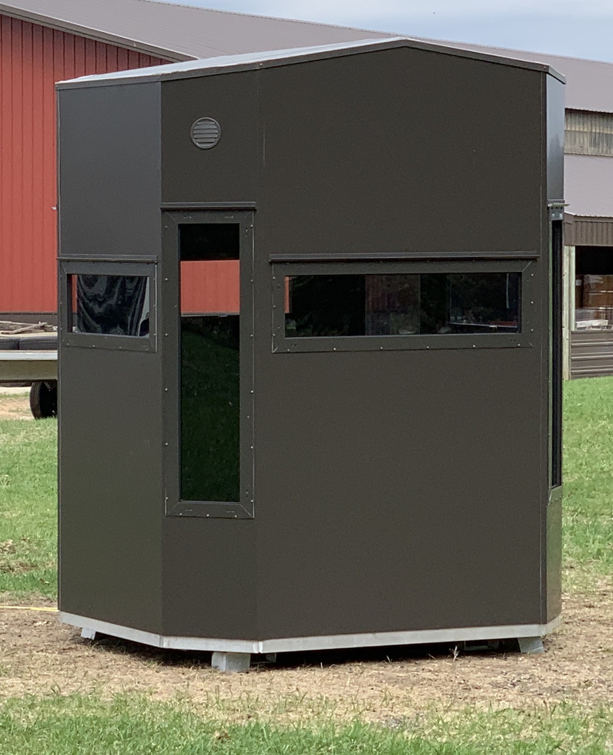 Wisconsin Made Hunting Blinds | Zero 4 Outdoors Deer Hunting Blinds